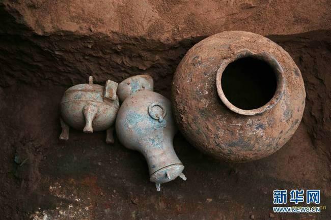 陕西发现秦人古酒 有三千多年历史 美酒已成毒酒